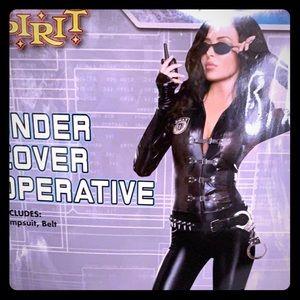 Undercover cop COSTUME
